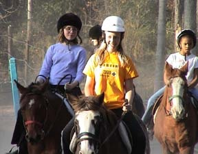 Maddy and friends on horses (1)